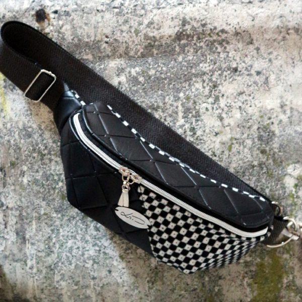 Crossbag Gürteltasche schwarz