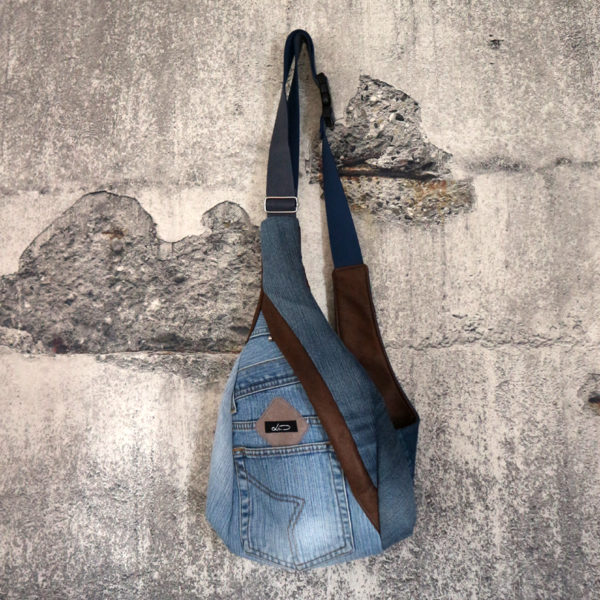 Bodybag Jeansupcycling hellblau